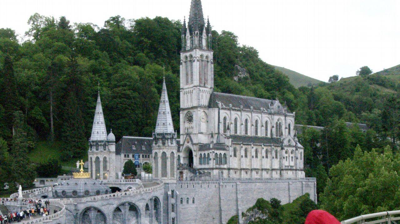 El papa Francisco pone freno al negocio en el santuario de Lourdes