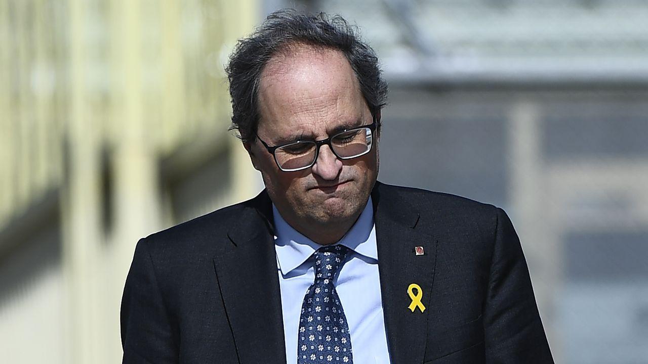 Sánchez busca en Vigo el voto de los que quieren una «opción moderada».Torra, durante su vista a Soto del Real, en Madrid