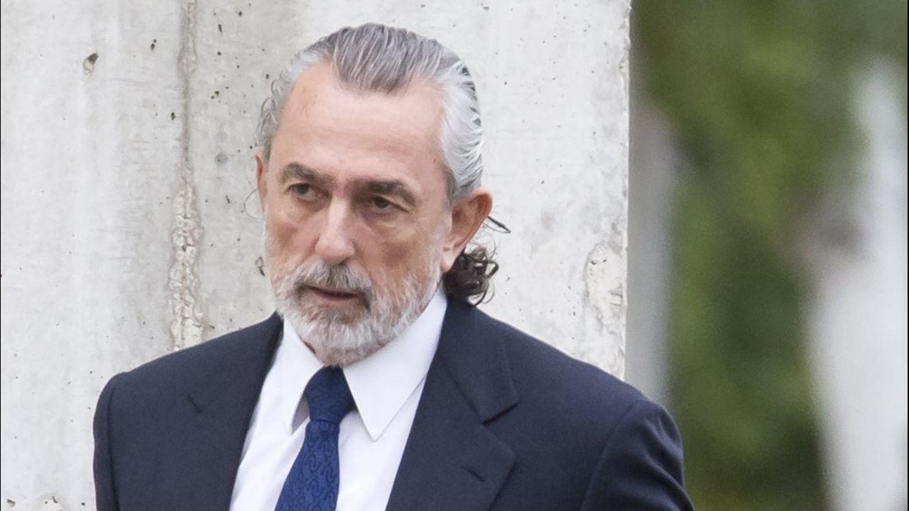 La Gürtel valenciana, a juicio.El Bigotes, a la izquierda, junto a Crespo en una sesión del juicio