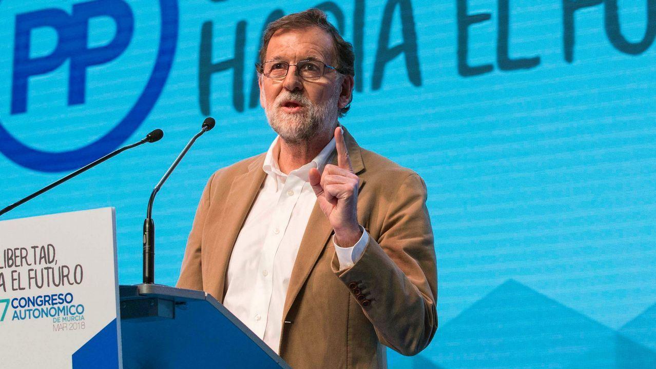 Cristina Cifuentes: «No temo una moción de censura».Los diputados de JxCat Jordi Turull (derecha) y Josep Rull, el pasado 12 de marzo