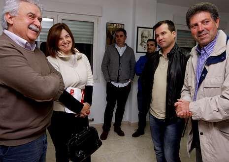 Los estudiantes gallegos vuelven a salir a la calle en contra de la Lomce.Cáritas Parroquial de Santa Baia de Arealonga sufraga las necesidades básicas de los vilagarcianos, pero los más necesitados pueden acudir también a los servicios de Cáritas Interparroquial.