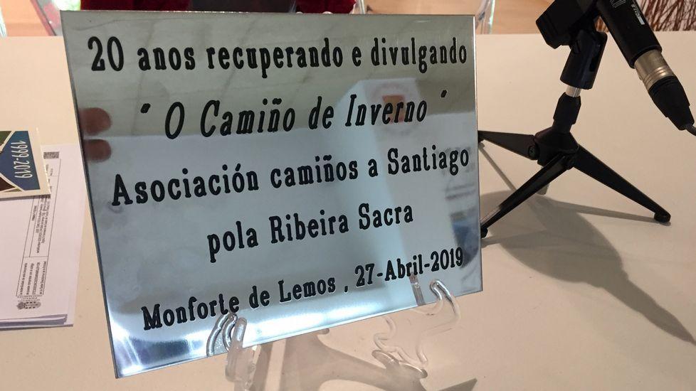 Las fotos de la Gala do Deporte de Monforte 2019.La placa que la asociación intentó sin éxito que se instalase en el tramo urbano del Camino del Invierno