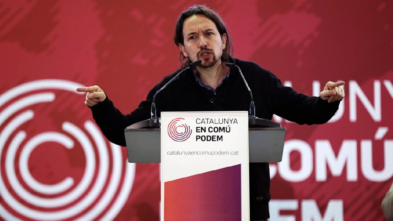 .El secretario general de Podemos, Pablo Iglesias, durante la presentación del programa electoral de Catalunya En Comú-Podem (CatComú-Podem) en el acto celebrado hoy en Sant Adrià de Besòs (Barcelona), donde ha asegurado que  la derecha española ha fracasado en construir una imagen atractiva de España para todos los catalanes y los españoles .
