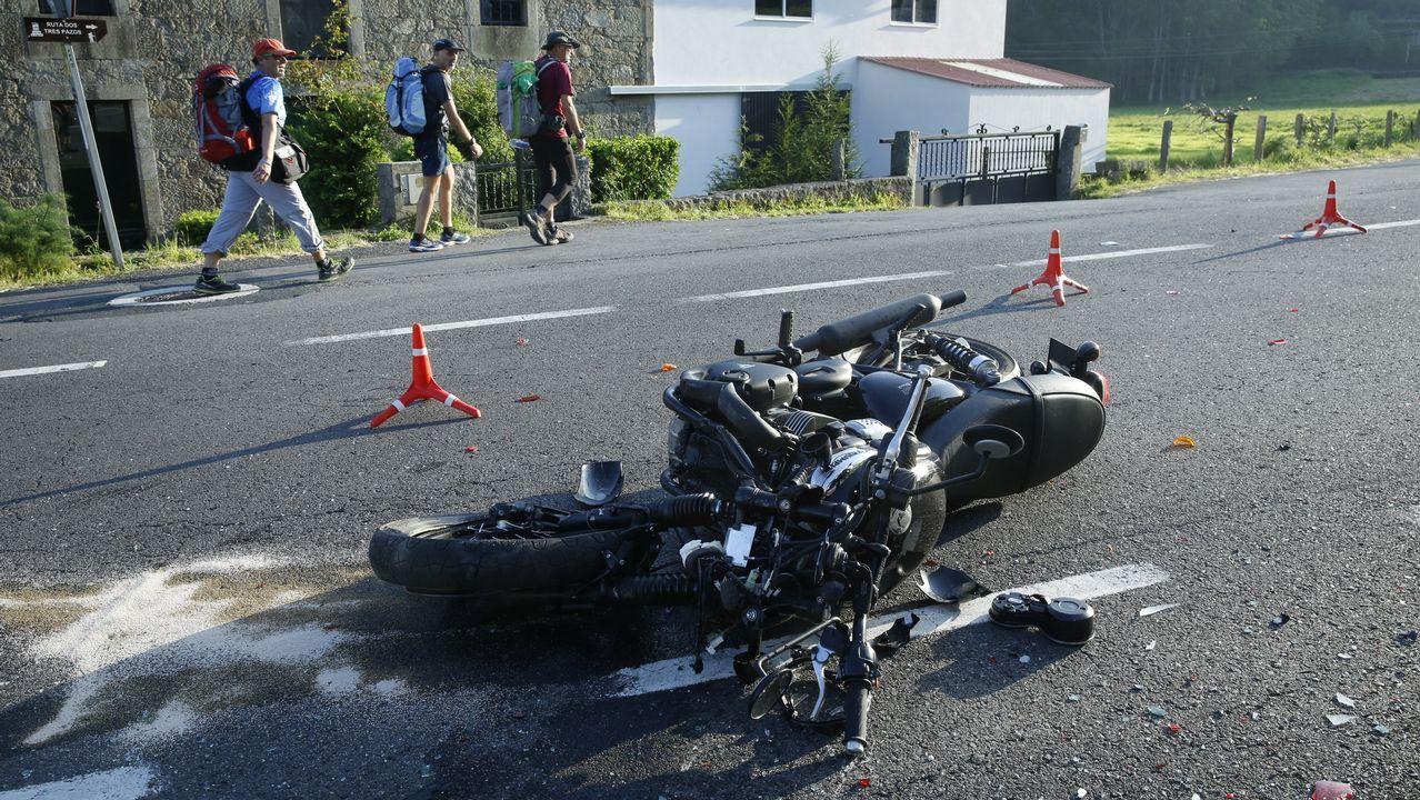 Accidente de un motorista en A Barquiña - Negreira