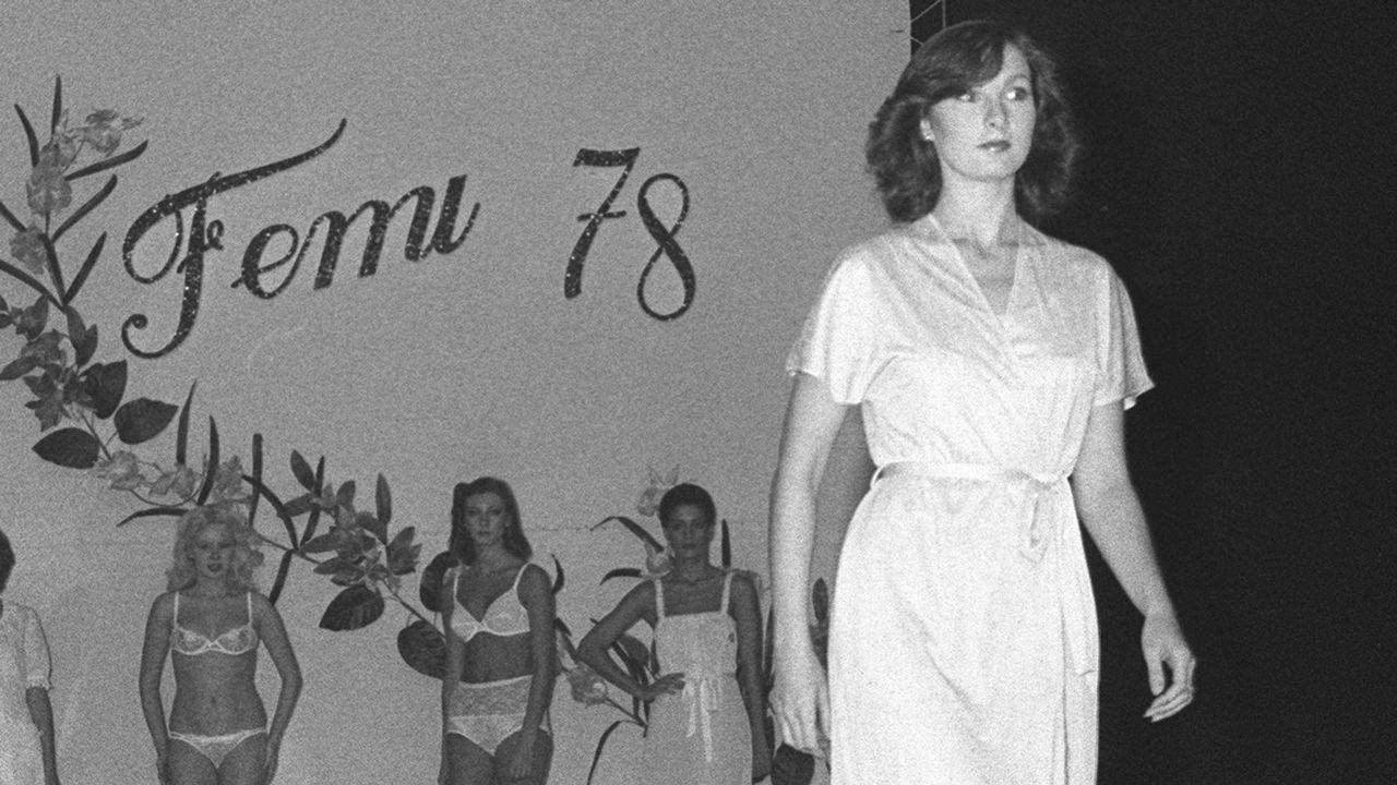 1978 | Vestido de mujer en Zara: 2.395 pesetas (14 euros)