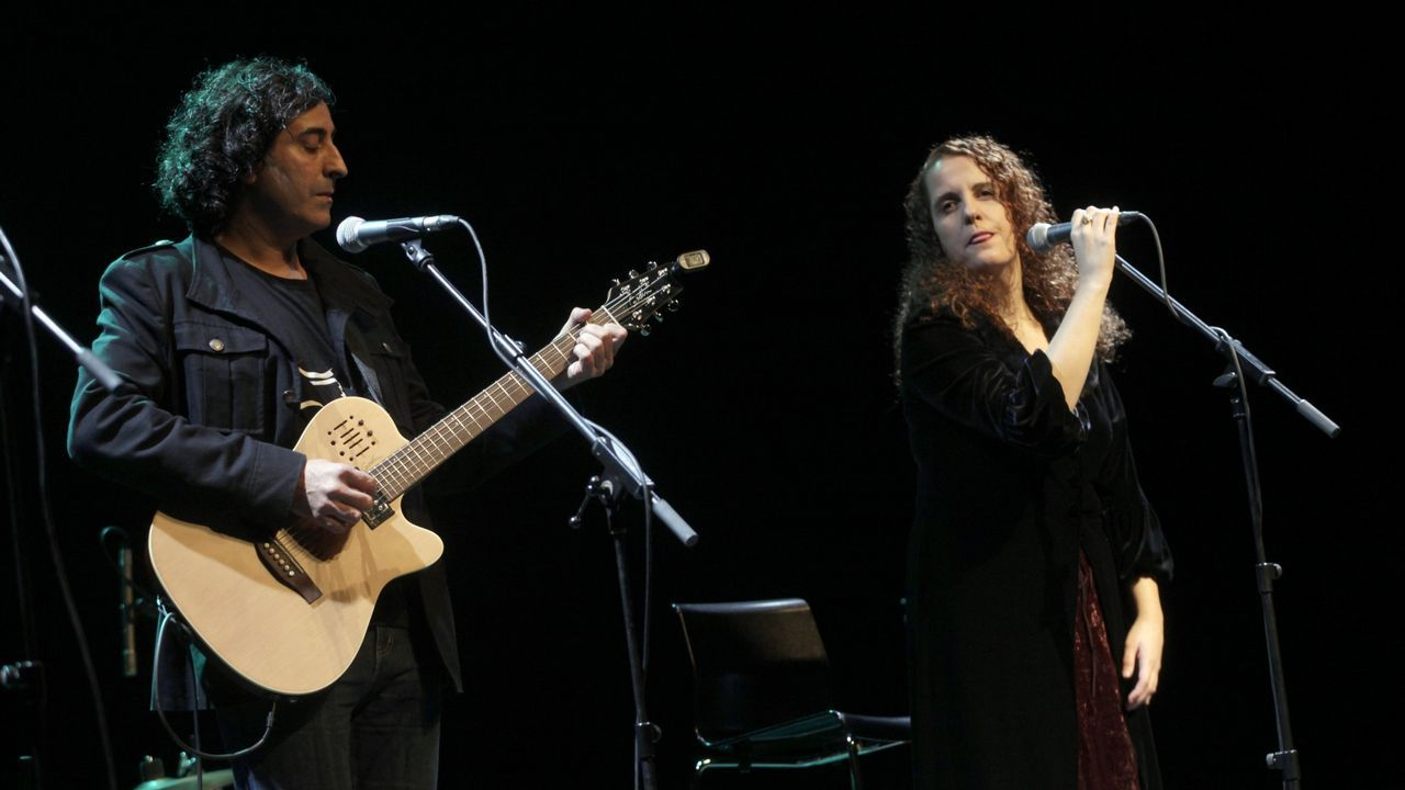 ¿Debe preocuparnos que nuestros niños canten temas de reguetón?.Jorge Martínez, líder d'Illegales, va emponer a Ariel Rot n'Asturies
