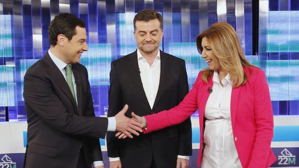 Bidireccional. Moreno reiteró el principio de que gobierne el más votado, pero dijo al PSOE que debe ser en las dos direcciones.