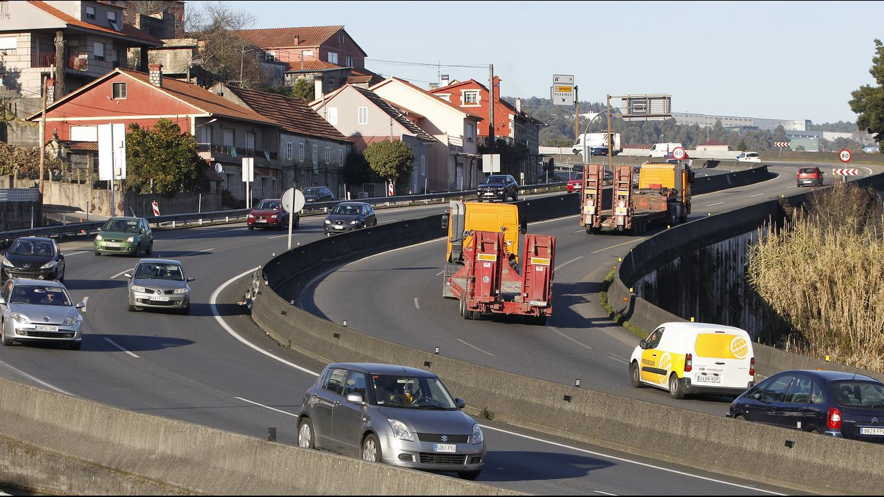 El tren entre Ferrol y A Coruña espera mejoras desde hace años.