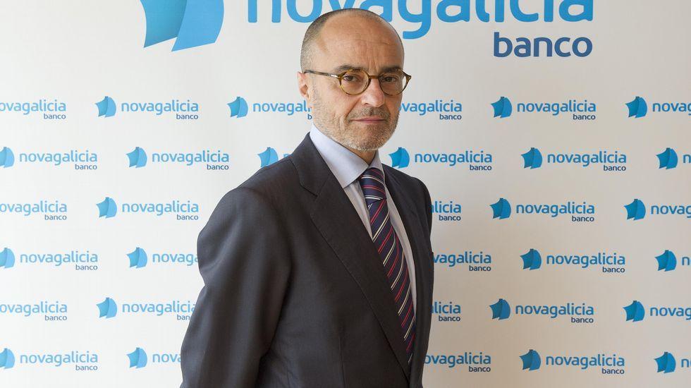 .FRANCISCO SERNA. ANTES: Director de la secretaría general de la caja y de Novagalicia Banco. AHORA: El último en irse del banco. Abogado