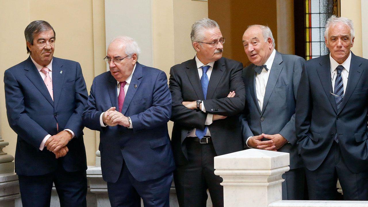 Francisco Álvarez Cascos, Vicente Álvarez Areces, Antonio Trevín, Juan Luis Rodríguez Vigil y Pedro de Silva