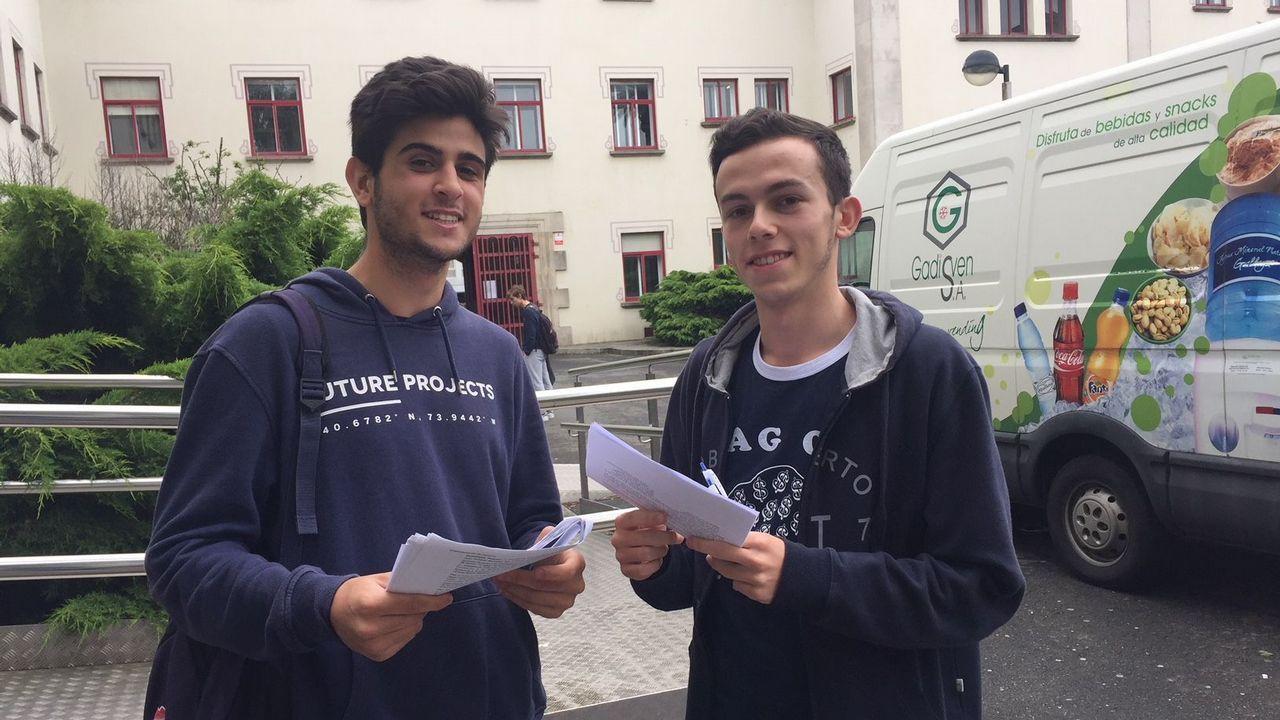 .Gonzalo y Diego, del Tirso de Molina, salieron muy contentos del examen de lengua y literatura