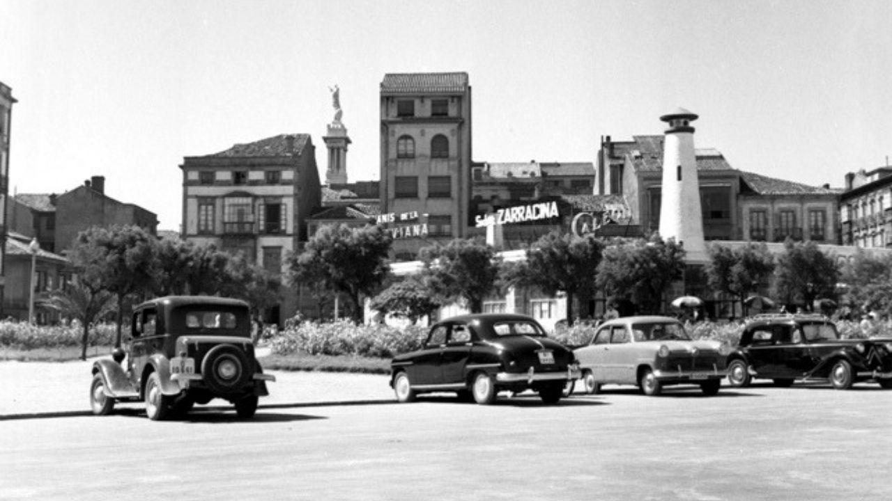Fotografía antigua de Gijón.MAYU. Los Jardines del Náutico hacia 1955