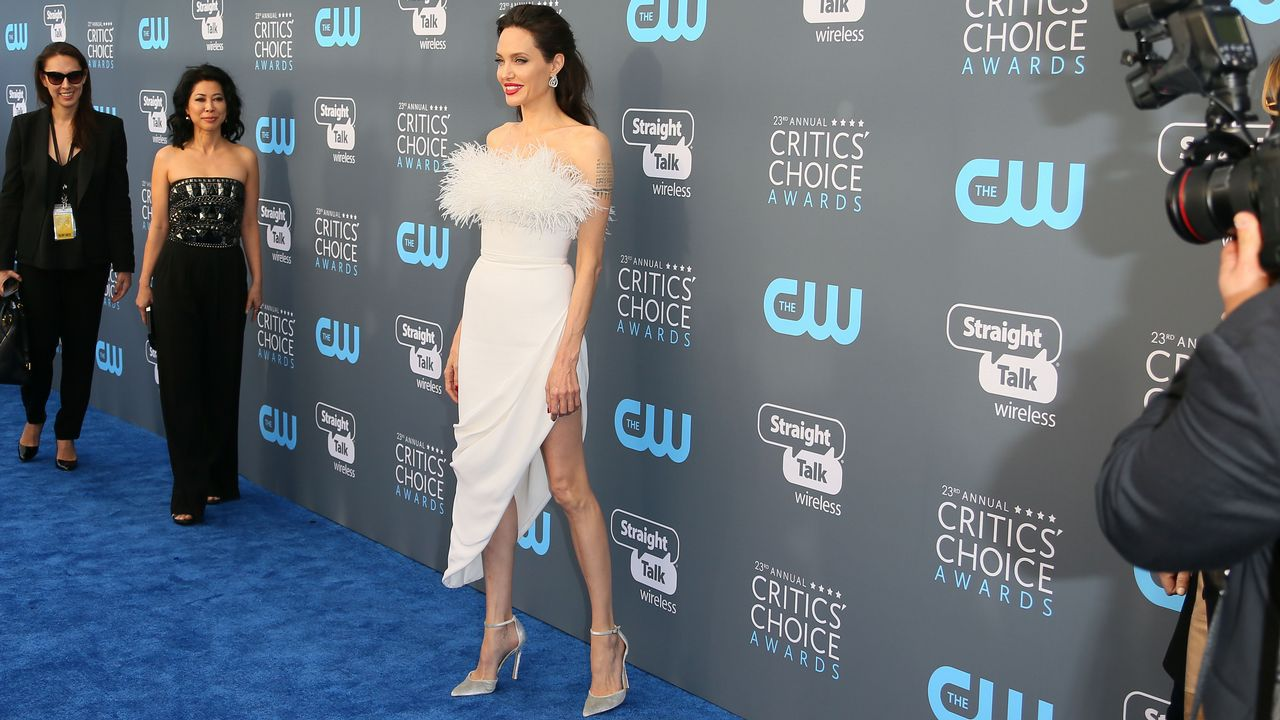 .Angelina Jolie vestida por Ralph&Russo