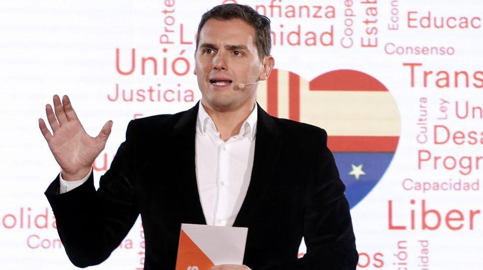 González, Aznar y Zapatero son algunos de los propuestos para comparecer