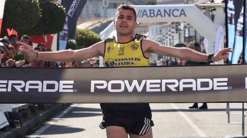 La media maratón Vig-Bay, en fotos.Carrera popular de Los Rosales