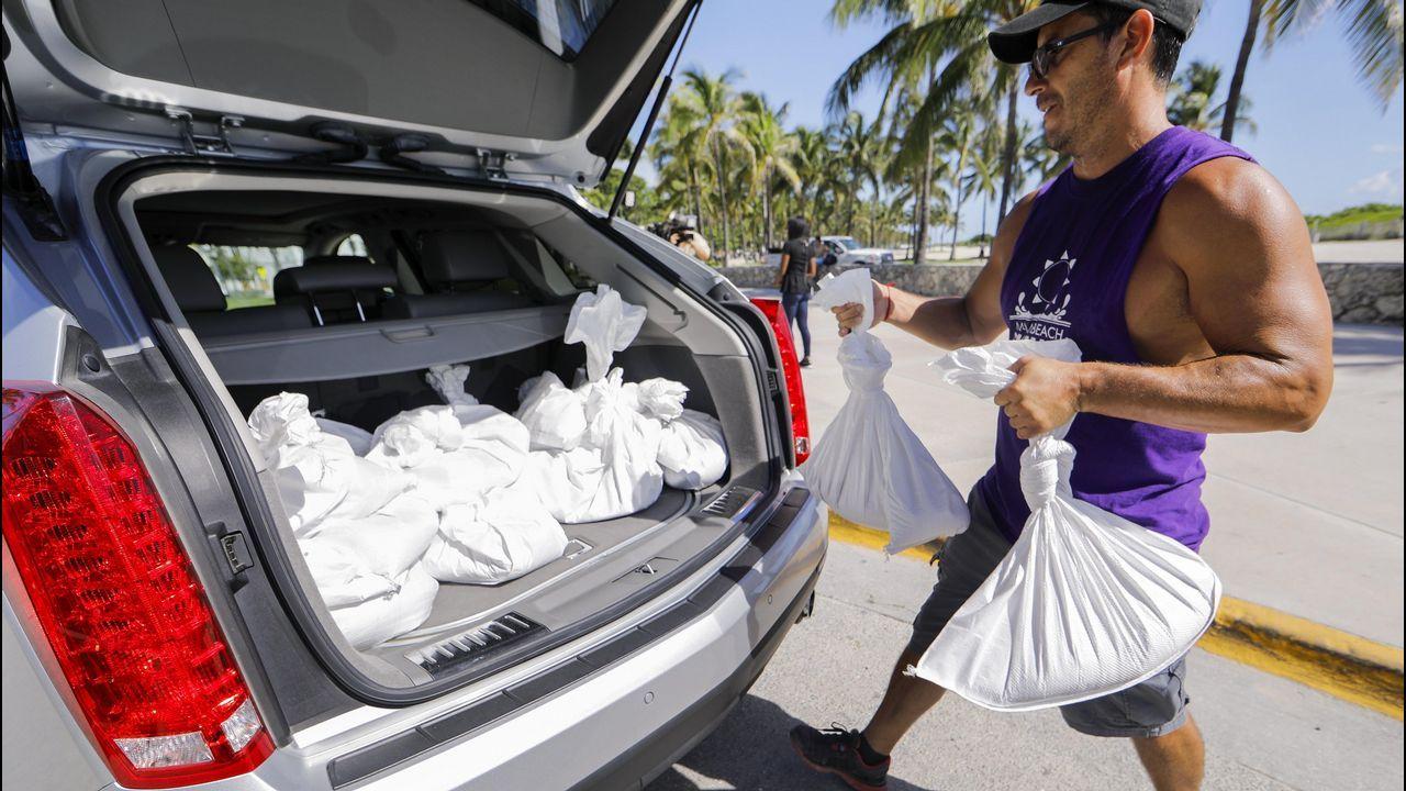 En Miami se preparan para «Irma»