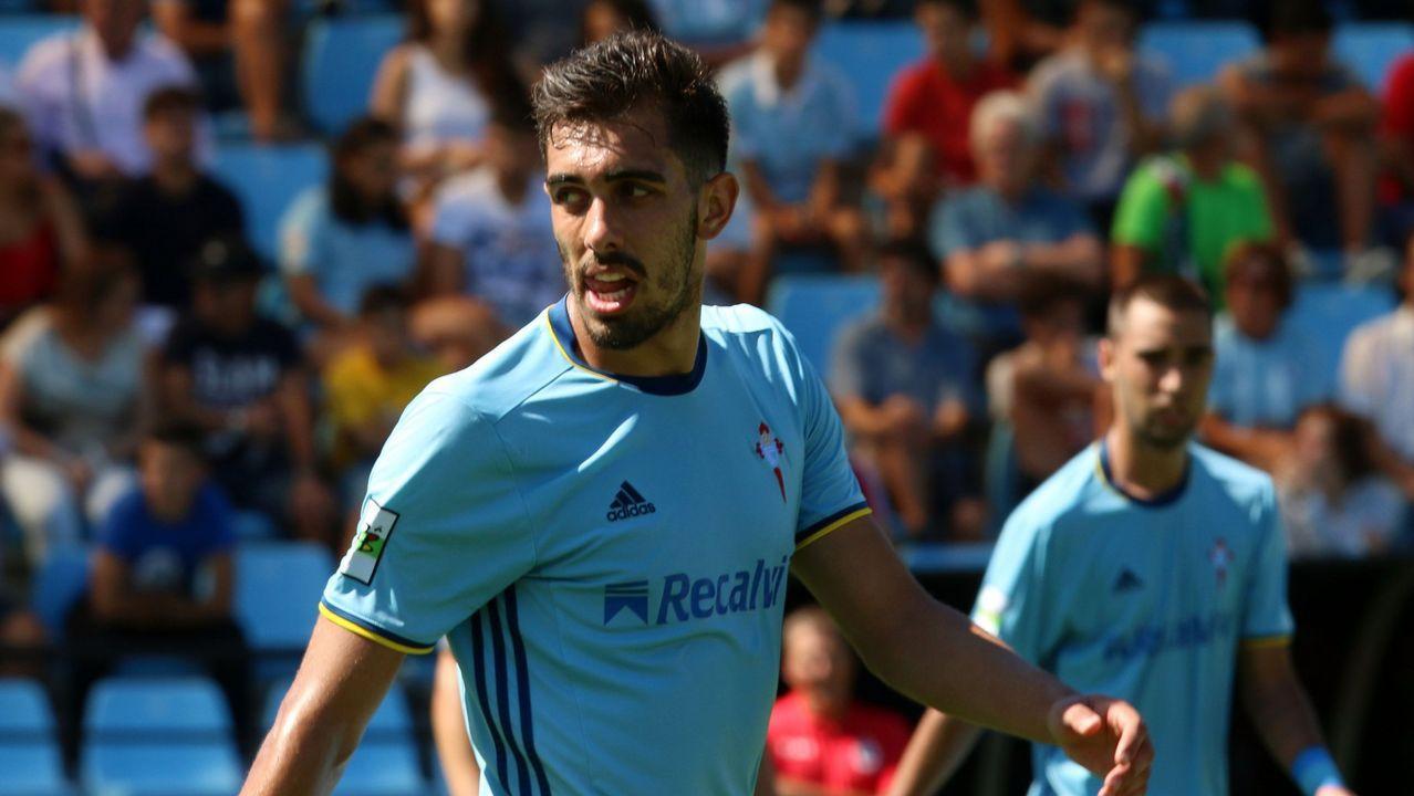 Aficion Real Oviedo Lugo.Aleix Febas en un amistoso entre Real Madrid y PSG