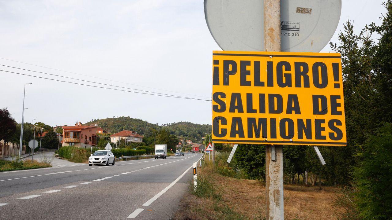 Dolors Montserrat sobre los presupuestos: «Estamos ante la zapaterización de la economía».Los Mossos ante el Parlamento Catalán durante la jornada del referendo ilegal del 1-O