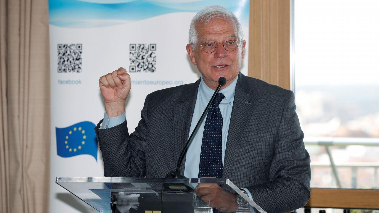 Rufián sobre Borrell: «Es más chulo que un ocho».El Rey, junto a Javier Fernandez y Luis Fernandez Vega
