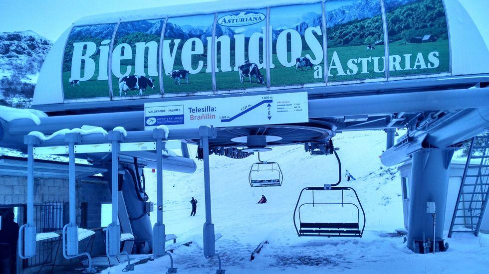 Estación de Pajares a cuatro días del inicio de la temporada de esquí.Estación de Pajares a cuatro días del inicio de la temporada de esquí