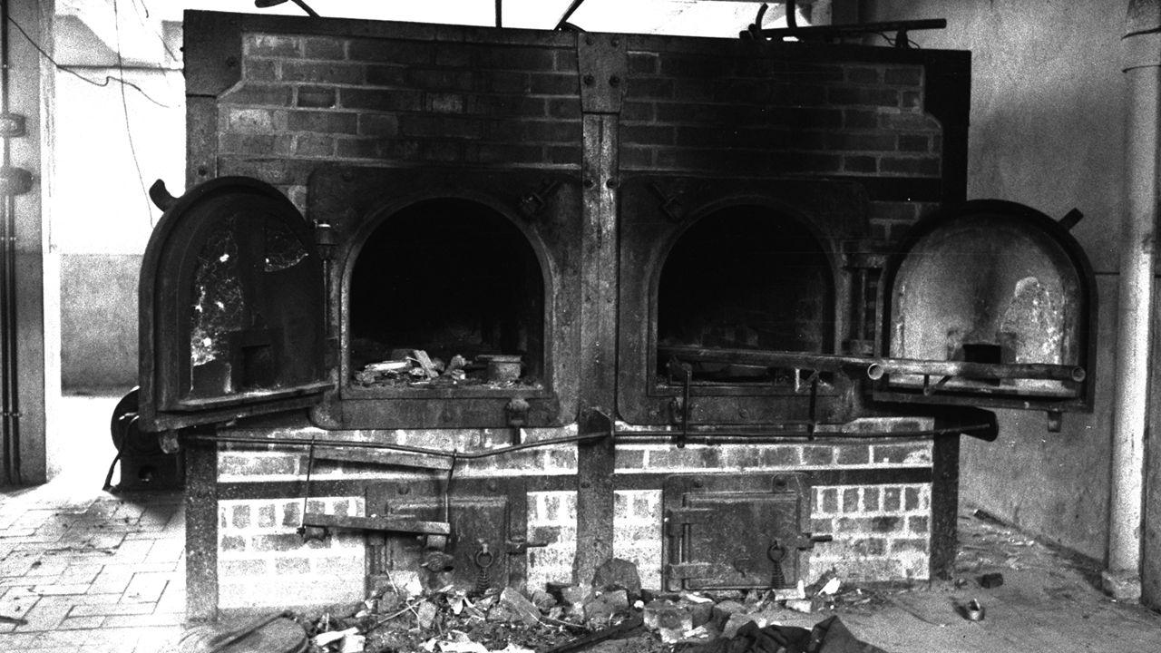 .El horno crematorio de Mauthausen.