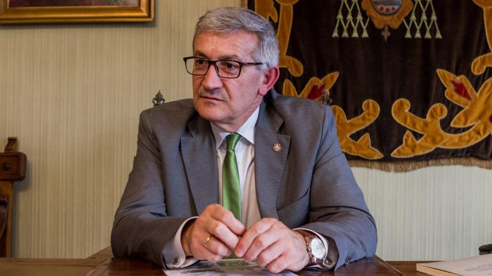 El rector repasa la actualidad de la Universidad de Oviedo.Reunión de la comisión de seguimiento del convenio Cristo-Buenavista