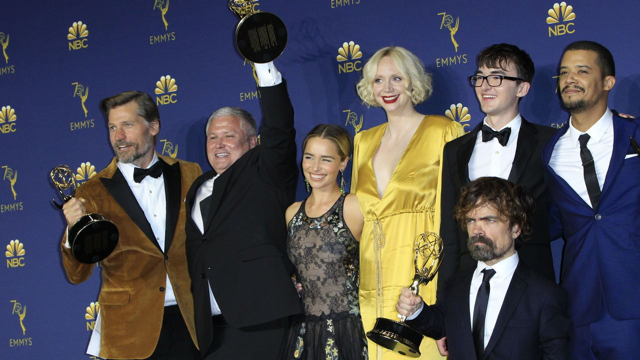 Todas las imágenes de los Emmy 2018.Álex Monner y Antonio Banderas, en una escena del filme