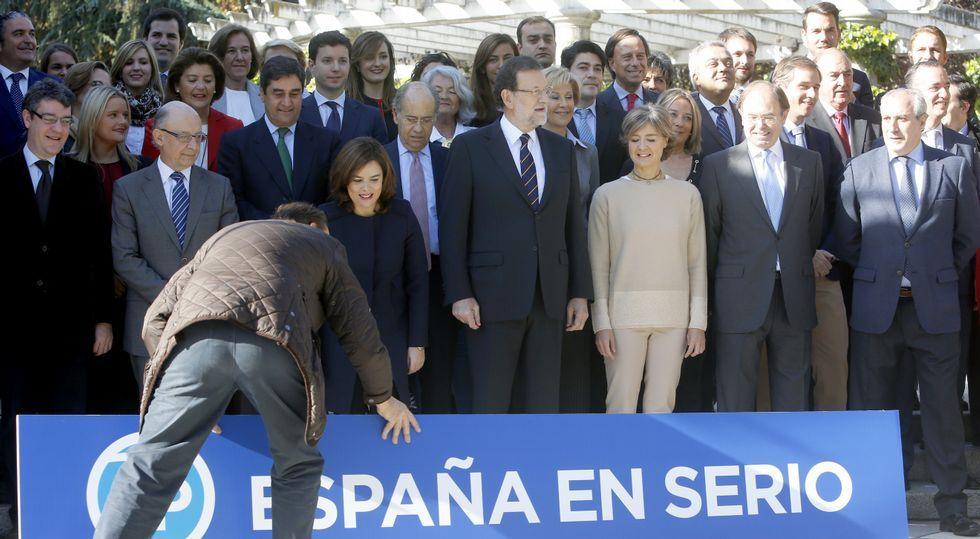 .El PP presentó ayer a sus candidatos por Madrid, todos de la «cantera» del partido porque, según Rajoy, no necesita gente de fuera.