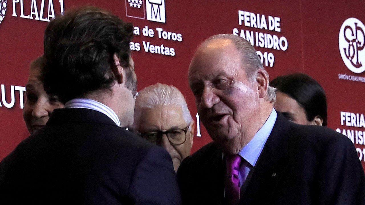 Así son los avistamientos «oficiales» de ovnis en Galicia.El rey Juan Carlos, hace dos semanas, con el rostro amoratado todavía por la operación