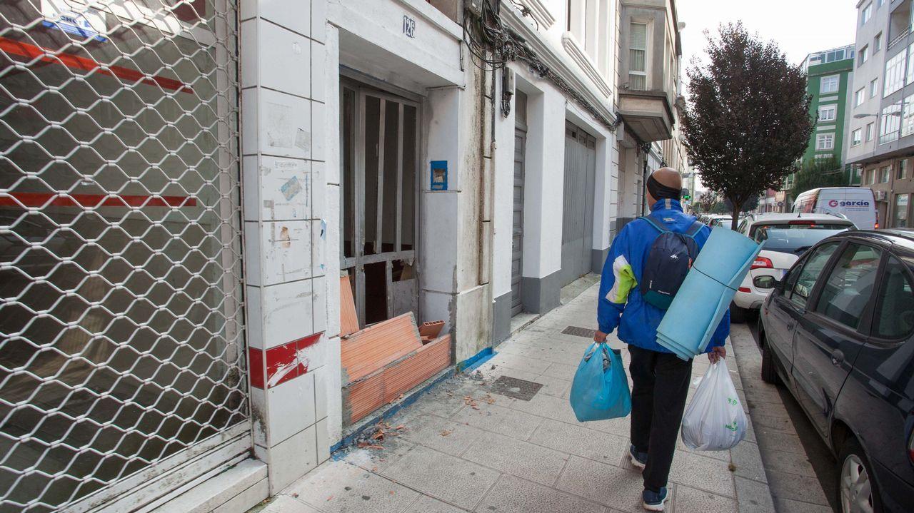 Monseiro, el pueblo de los siete murales.El alcalde de Sober y el máximo responsable de la Sgae en Galicia, ayer durante la presentación del acuerdo