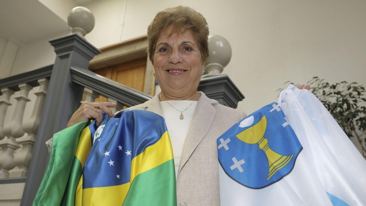 Regina Jallas, a xalleira que devolve o sorriso aos emigrantes máis veteranos.Alonso es la primera mujer que recibe este prestigioso premio