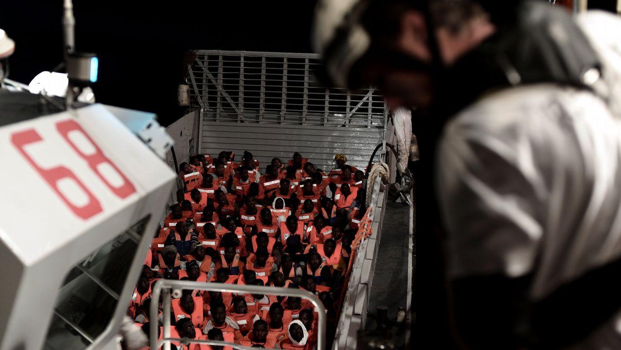 Los rescatados fueron asistidos por trabajadores de distintas ONGs