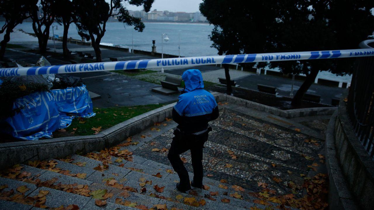 Temporal Ana en A Coruña. Cerrado el paseo marítimo en Las Esclavas