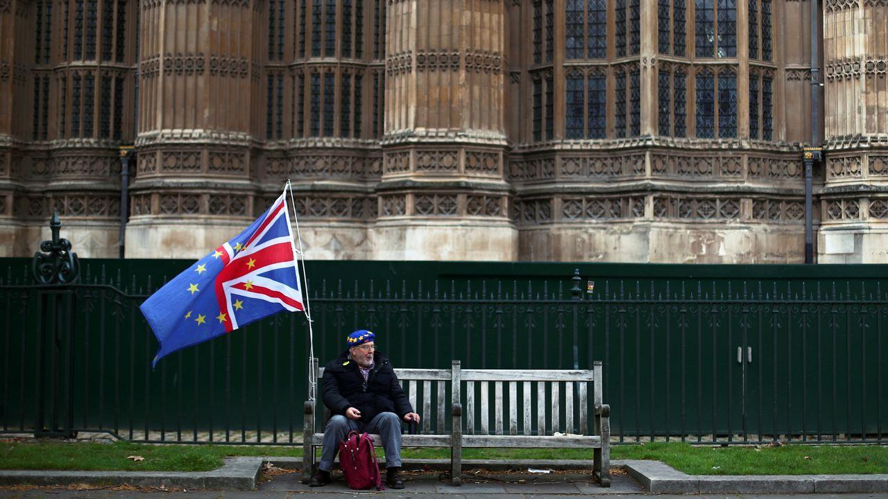 Theresa May, abandonando Downing Street este miércoles