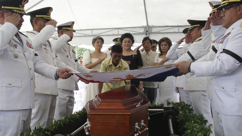 Entierro del exdictador filipino Ferdinand Marcos, uno de los dirigentes que tenía cuentas en suiza