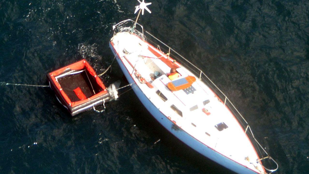 El navegante francés rescatado por el Helimer 203 de Salvamento Marítimo