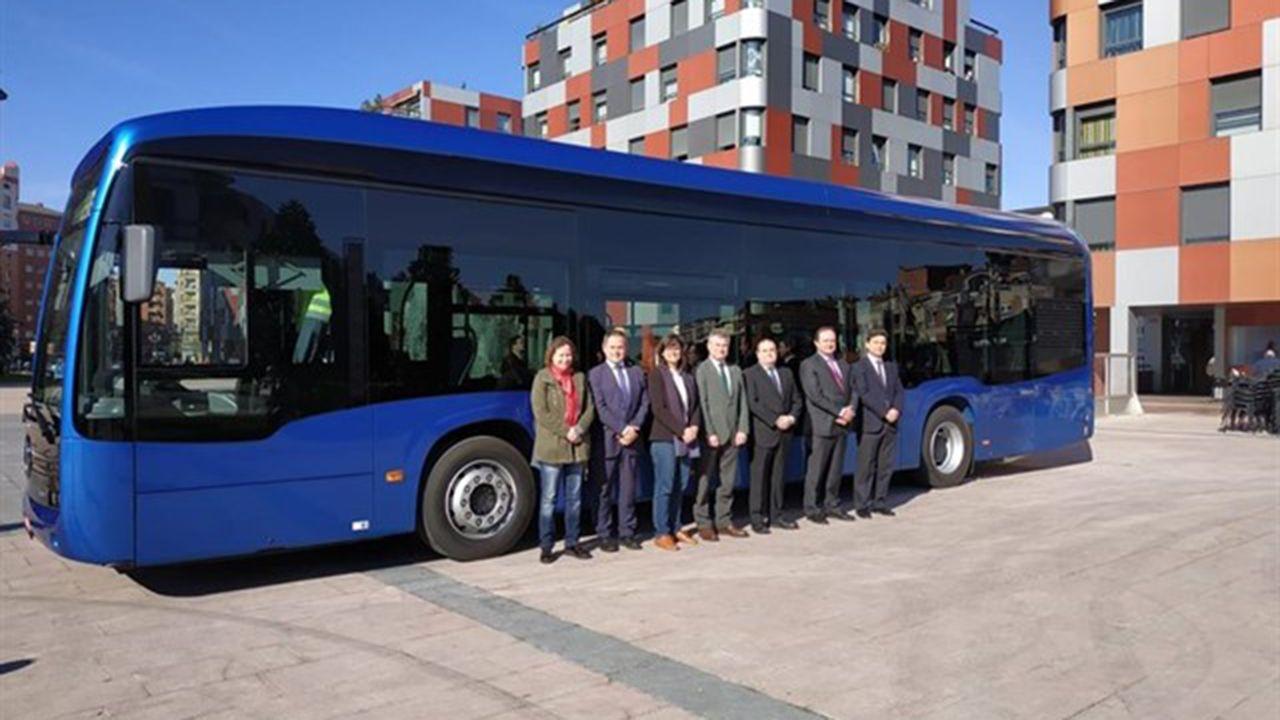 Presentación del primer autobús urbano totalmente eléctrico
