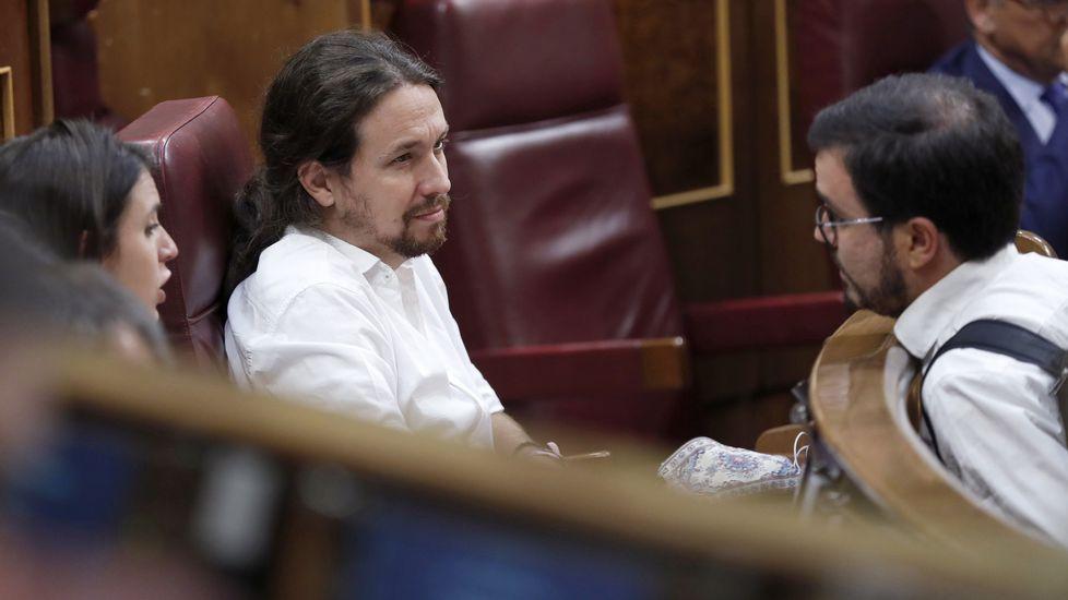 Javier Fernández interviene en el pleno de la Junta General.Xosé Antón González Riaño