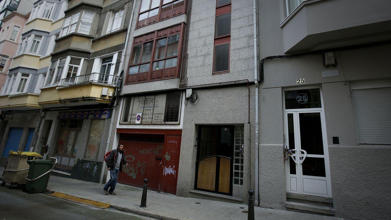 Ada Colau pierde la cuestión de confianza y reta a la oposición para que elija a un nuevo alcalde.Colau durante un pleno en el Ayuntamiento de Barcelona