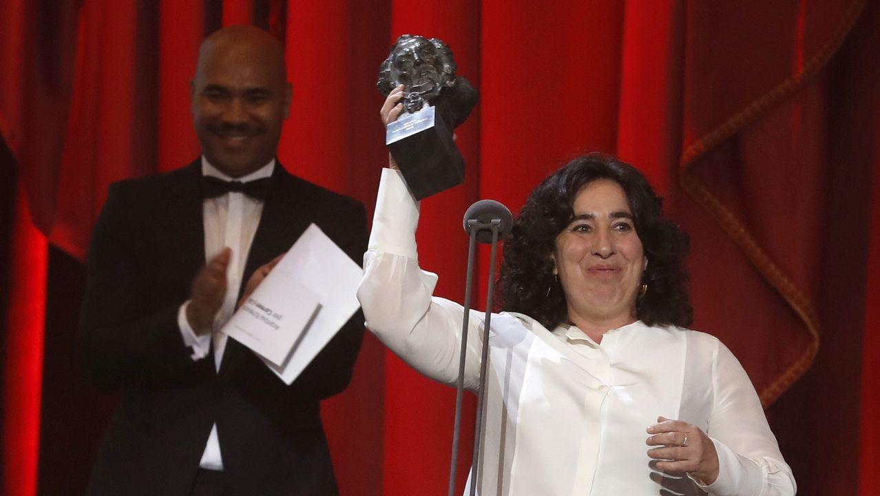 La realizadora Arantxa Echevarria tras recibir el premio a mejor dirección novel por su película «Carmen y Lola».