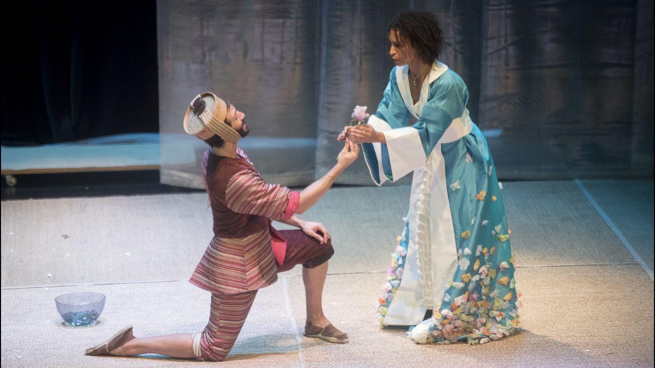 .«A cabeza do dragón», de Producións Teatrais Excéntricas, con Quico Cadaval