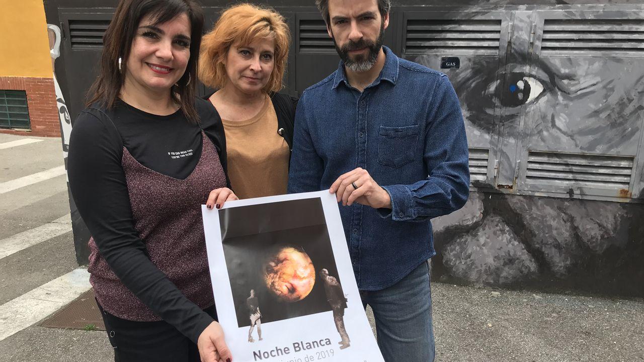 El vídeo de Daniel Ripa sobre la presencia en Asturias de los líderes de la derecha en campaña.Yolanda Alonso, concejala de Cultura de Avilés, junto a Anabel Barrio y Nacho Suárez