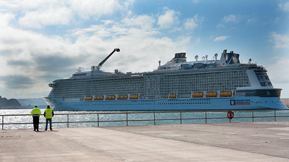 Crucero en El Musel