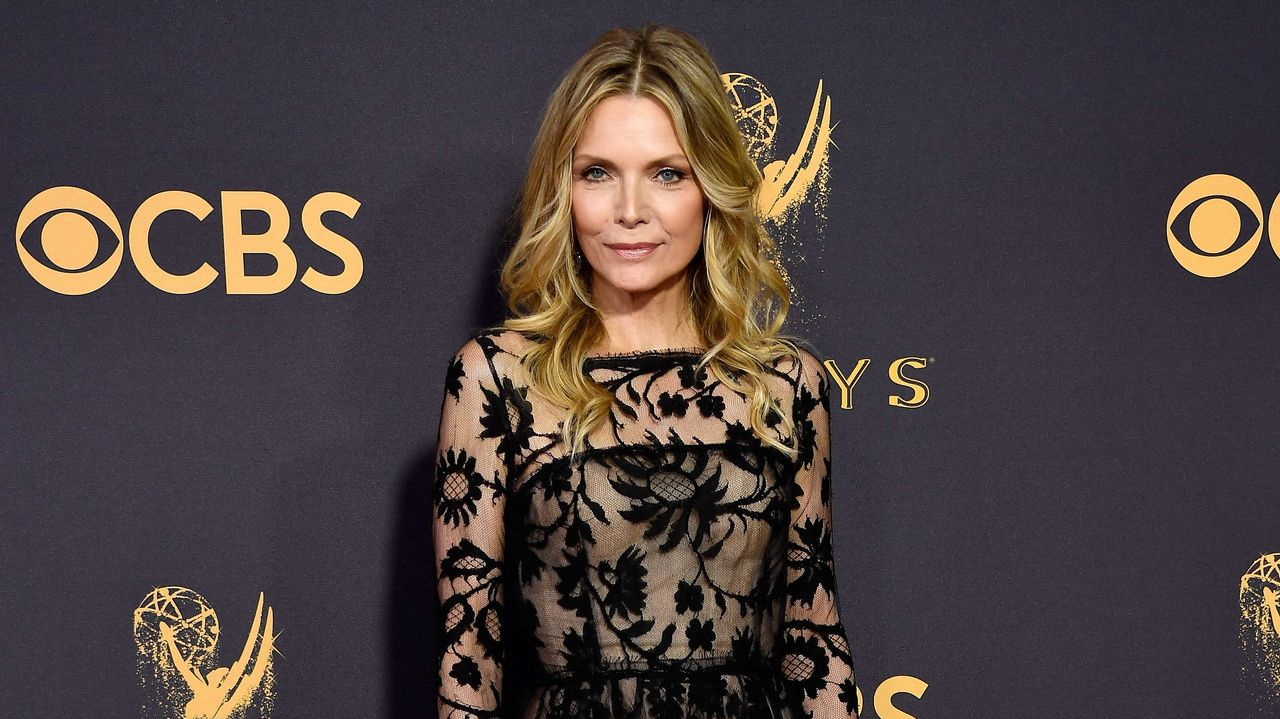 .Michelle Pfeiffer