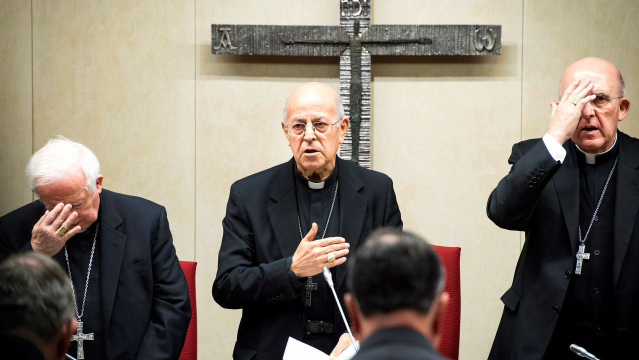 Los obispos reconocen los abusos sexuales cometidos en el seno de la Iglesia.El papa Francisco
