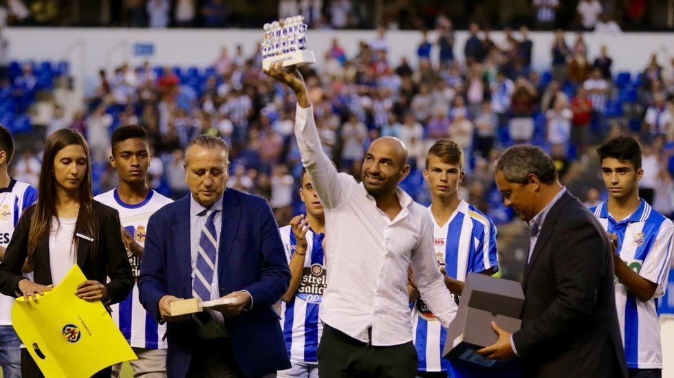 Las mejores imágenes del acto del 110 aniversario del Deportivo.Fran, el día de su debut contra el Burgos