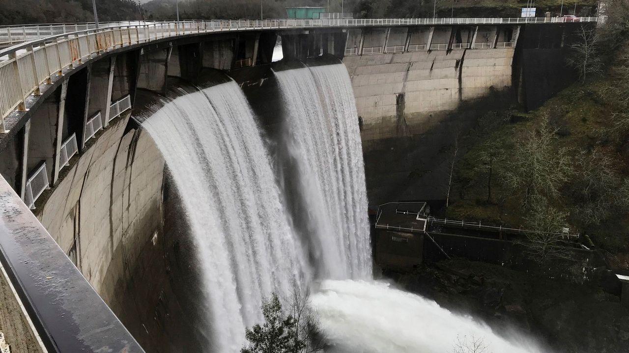Pleno de Vigo.La presa de Eiras alcanzó en marzo el cien por cien de su capacidad
