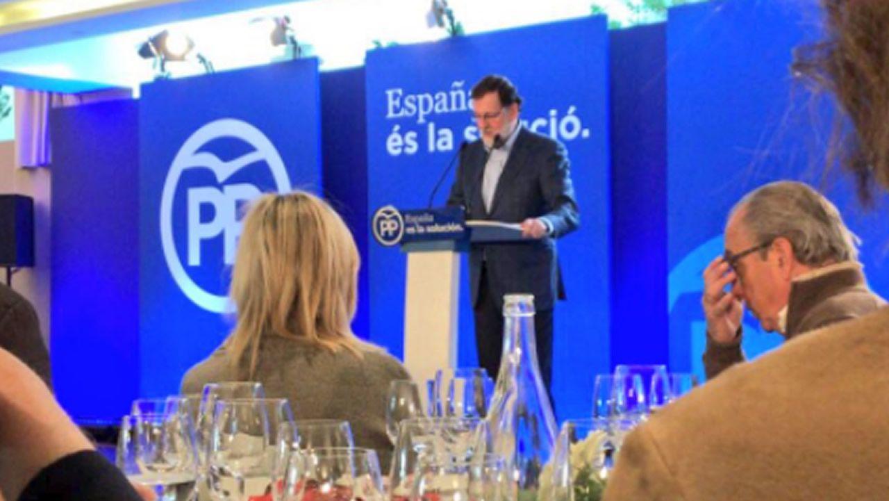 Rajoy: «El cuento del independentismo ya no da más de sí y nadie lo apoya».La convocatoria de elecciones al amparo del artículo 155 provocó manifestaciones en Cataluña