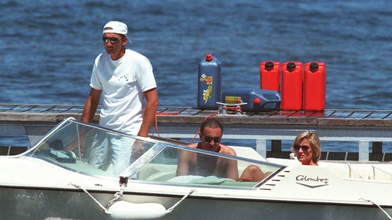Lady Di y Dodi Al-Fayed disfrutaron de unos días en Saint Tropez.