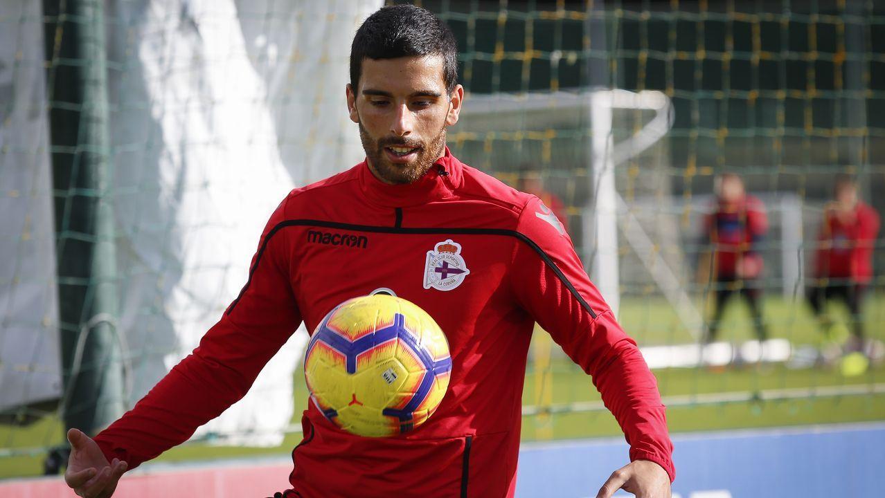 Barcenas Quini Real Oviedo Granada Carlos Tartiere.Bóveda acabó jugando el jueves como central izquierdo